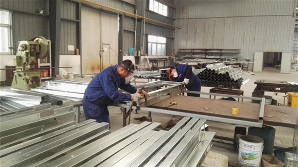 5焊接工序.jpg